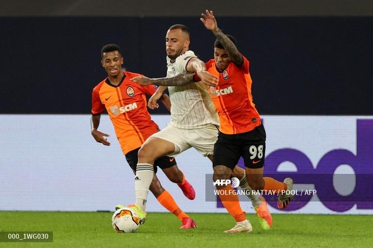 Un gol de Ocampos coloca al Sevilla en semifinales de la Europa League