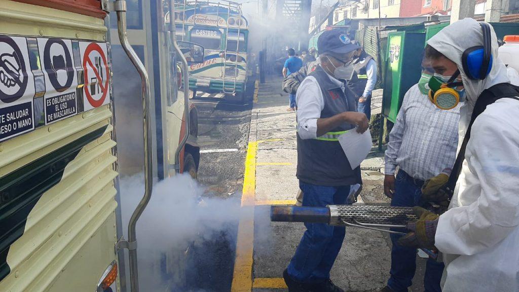Llevan a cabo ensayo para verificar la aplicación de protocolos de bioseguridad en buses extraurbanos